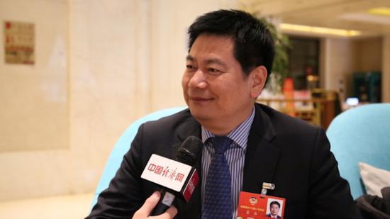 全国政协委员苏华接受记者专访。经济日报-中国经济网记者 王岩/摄