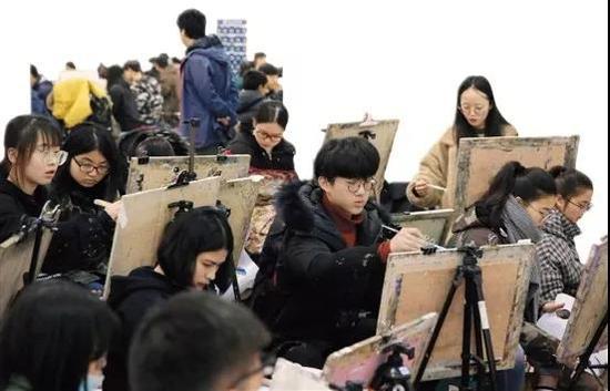 2018中国美院本科招生专业考试现场