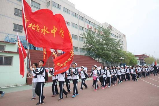 2017年中国最牛的50所高中 大学随便选着上