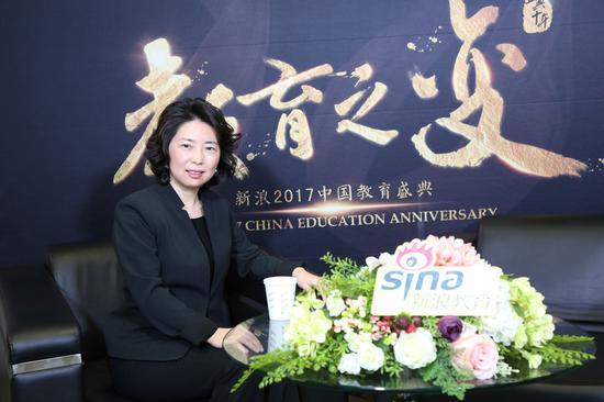 北大公学CEO李敬女士