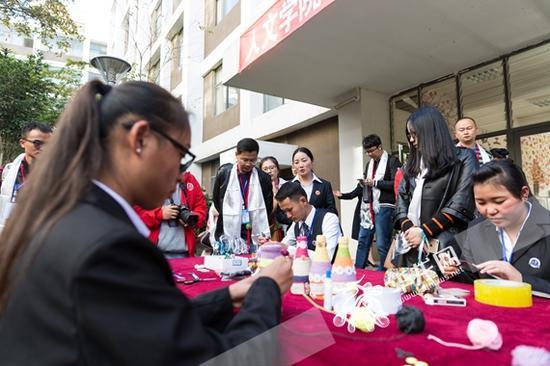 五年制高职学院特色教学 增加学生就业竞争力