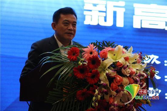 陕西省教育厅副厅长王紫贵致辞。代红玉供图