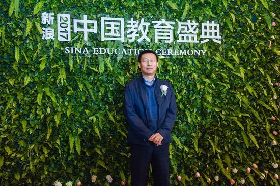 中国民办教育协会高专委副理事长、培专委副理事长马学雷