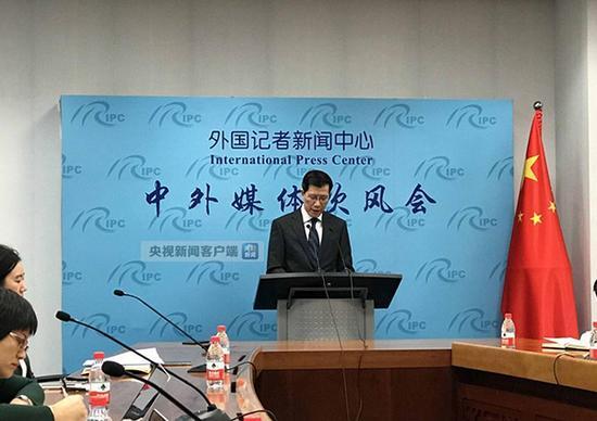 中国公民可持护照免签前往65个国家和地区