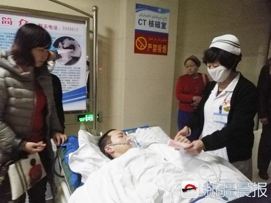 高三学生患感冒引重症肺炎 医院联合救治转为安