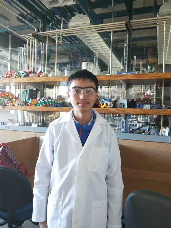 南京一中AP班赴美名校做科研 成功挑战科学集市