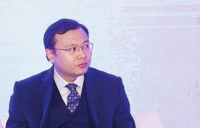 英媒:中国顶尖经济学家供不应求