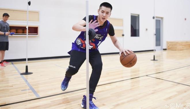 吴亦凡即将征战NBA名人赛 同球星麦蒂并肩作战
