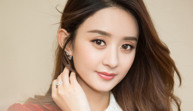 赵丽颖成《中国电视剧60年大系》最年轻女演员