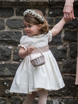 哈里王子大婚王室萌娃当花童