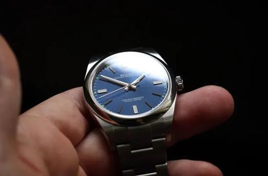 有名气却在二手市场一文不值的手表品牌有哪些