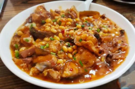 九江黄豆鱼块。图/大众点评@偶尔的旅行