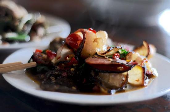贵州辣椒炒腊肉,绝了。图/视觉中国