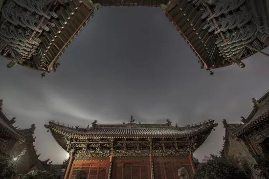 《会馆夜韵》摄于河南开封山陕甘会馆