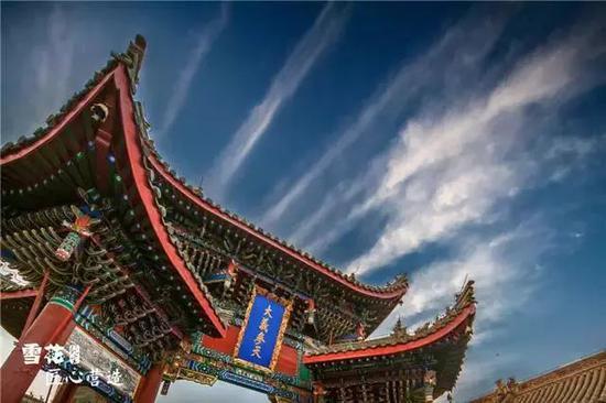 《云腾》 摄于河南开封山陕甘会馆