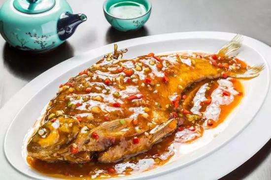 红烧武昌鱼。图/图虫·创意
