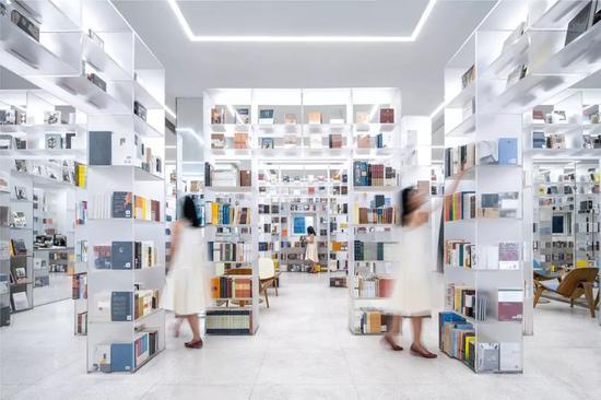 △扬州慢新华书店/图片来源:Wutopialab俞挺工作室