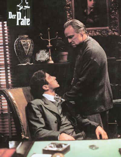 1972年科波拉的《教父》可以说是艺术+类型电影的一个顶点