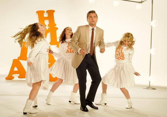 载歌载舞的Rick Dalton。