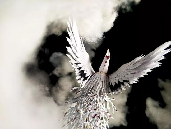 96年男孩花3年把《山海经》折成千纸鹤