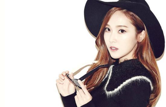 图为第八位前少女时代成员Jessica。