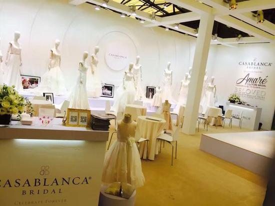 2016年7月,Casablanca bridal婚纱亮相第30届上海国际婚纱展。