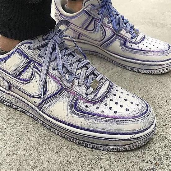 衍生出来的圆珠笔画鞋