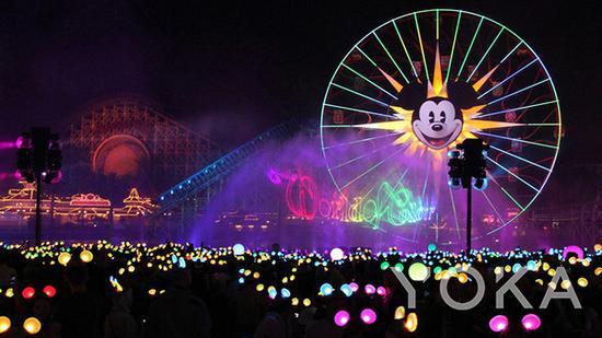 迪士尼乐园水舞表演 图片来自迪士尼官网