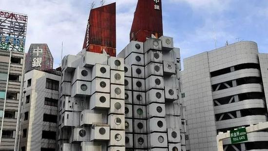 著名网红建筑因缺钱维护惨遭拆除