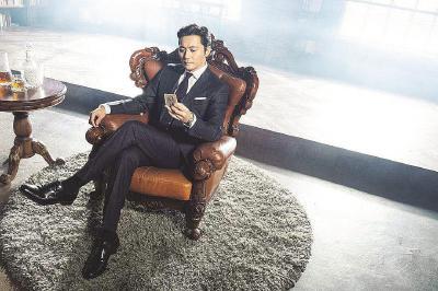 韩版 《金装律师》延续了张东健擅长的戏剧路线。