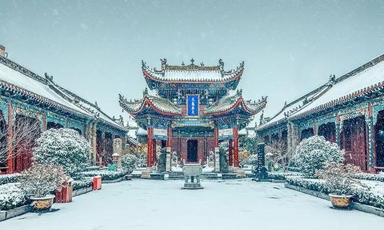 《十访开封山陕甘会馆》