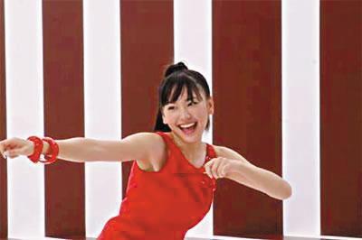 Pocky广告让她国民度暴涨。