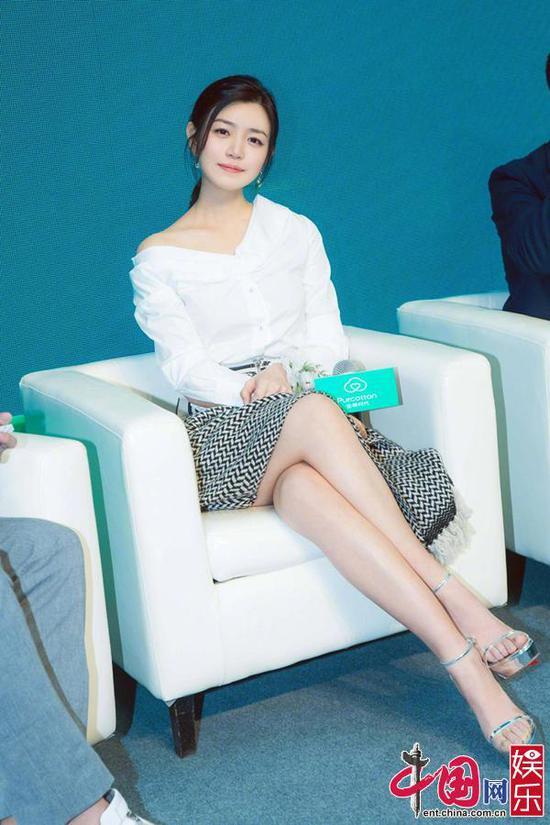 陈妍希呼吁环保 出席活动