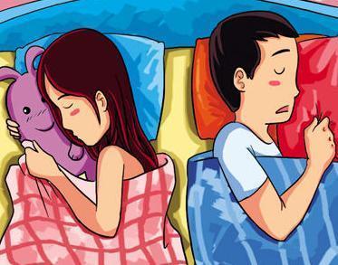 夫妻用手機道晚安 朋友圈情意濃現實生活中少相見