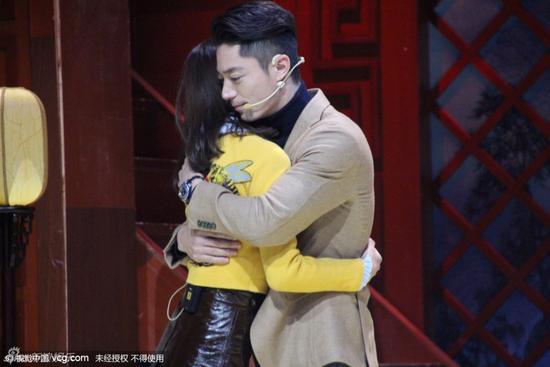 @吳奇隆 劉詩詩霍建華宣傳新戲甜蜜擁抱你怎麼看?