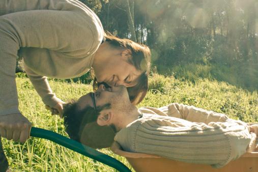 戀愛兵法 玩曖昧的5個標準 先主動你就輸了