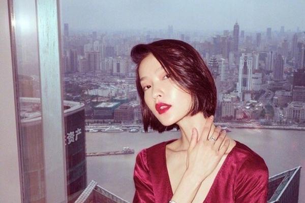 杜鹃 清冷美艳的女神 俗话说美人在骨不在皮