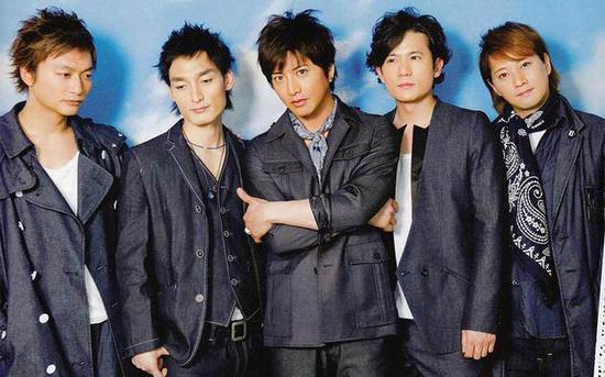 左起:香取慎吾、草彅刚、木村拓哉、稻垣吾郎、中居正广