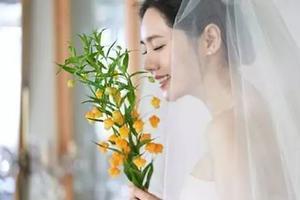 品如大婚世贤送祝福 40岁秋瓷炫嫁给爱情真美