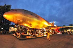 全球限量250架的客机 竟落在泰国当餐厅?