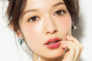 森绘梨佳和新垣结衣的水晶糖光唇妆才是提升颜值的小心机