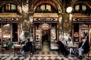全球最美咖啡馆之一倒闭?一定还能再美300年