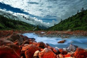 刘昊然去自驾的仙境 这里的景色美到让人窒息