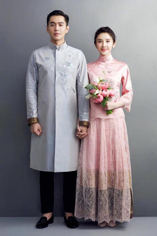 张若昀唐艺昕婚纱照