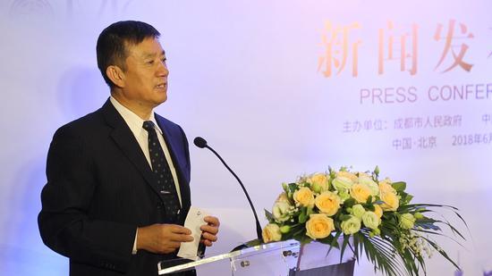 中国整形美容协会张斌会长发表讲话