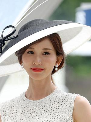 林志玲宣布结婚后首次亮相