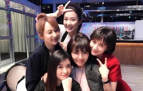 刘涛、王子文、蒋欣、杨紫、乔欣昔日合影