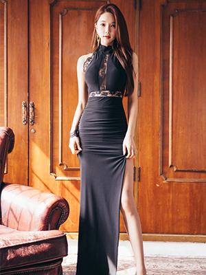 韩国气质美女长裙显曼妙身材