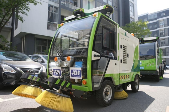 Driverless street sweepers employed for trial run in Shanghai