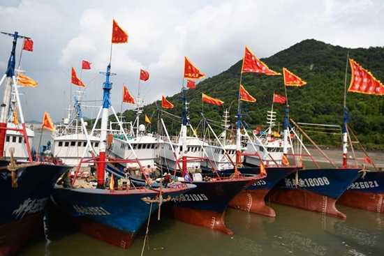 Celebration held to mark launching of fishing season in Zhejiang